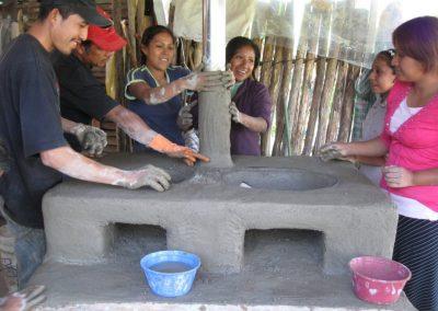 Instalación de la chimenea y acabado externo