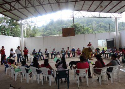 Conviviendo con l@s participantes, haciendo más dinámico el taller de capacitación