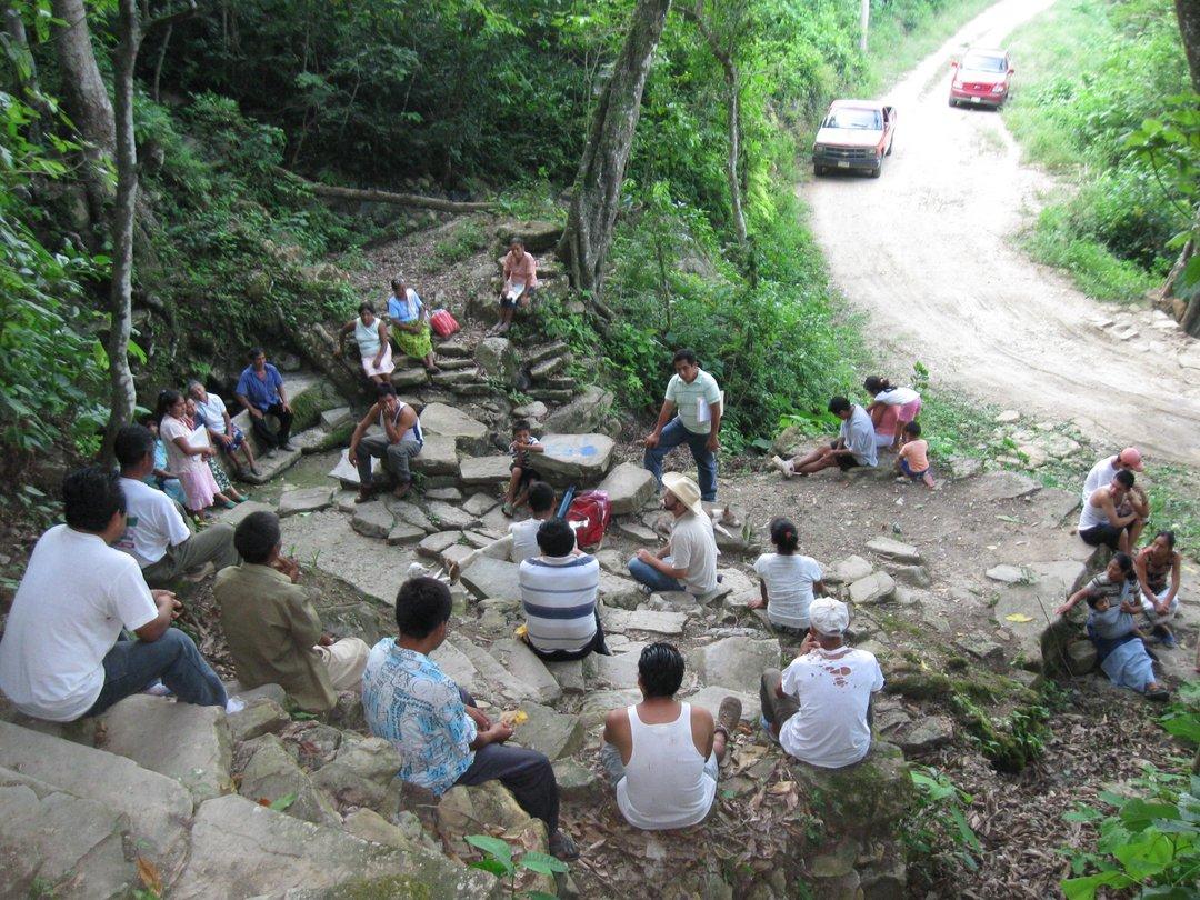 reunion (segundo) barrio cuayo tanque 24 julio 2009 023