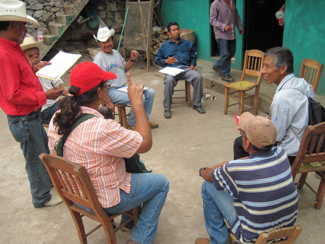 Reunión de evaluación del monitoreo de baños secos ecológicos